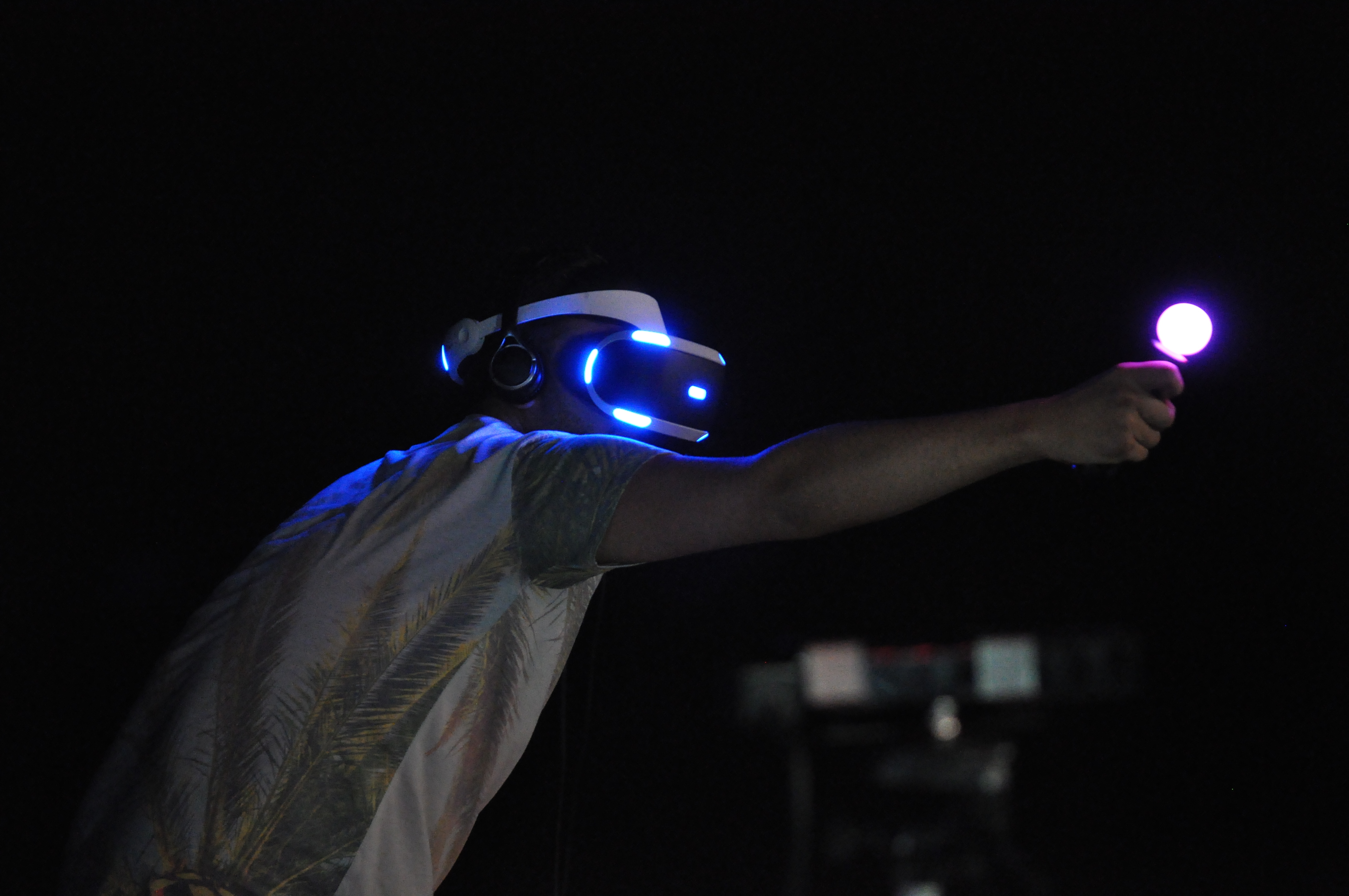 'PS4 VR' Is Both A Success And Potential Sign Of Future Failure For Sony - EconoTimes